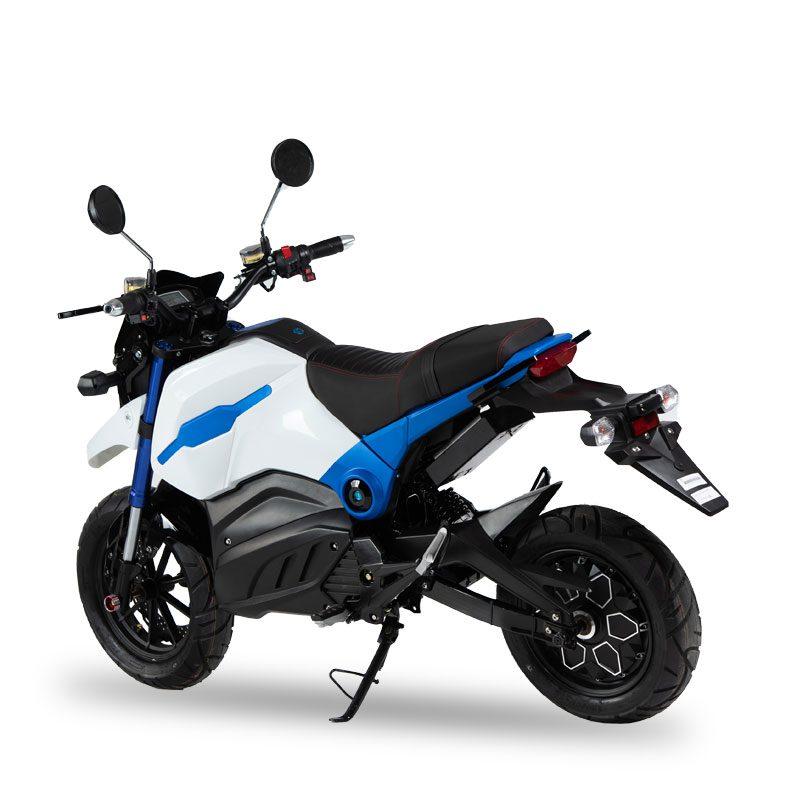 skuter-elektryczny-sportowy-blade-2.jpg